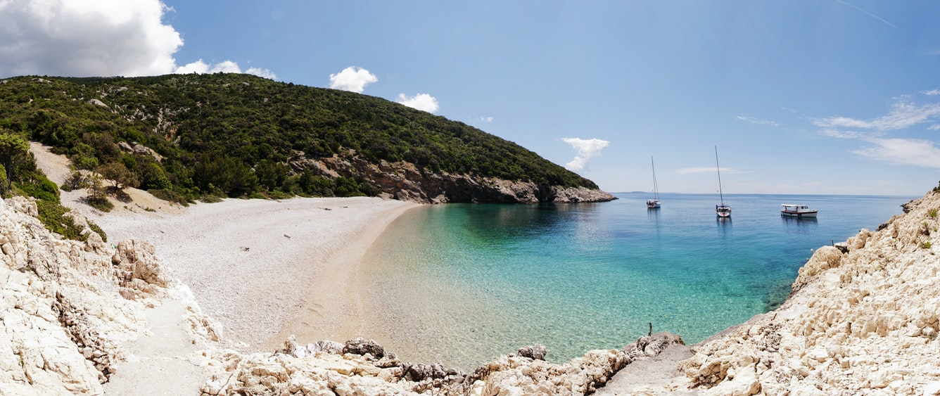 Lubenice Beach poi Croatia Holiday